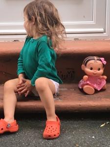 Aurora e sua boneca